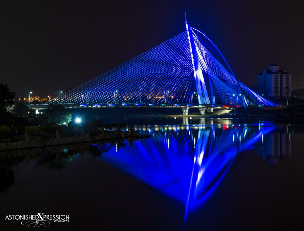 The Seri Wawasan Bridge resembles a billowing sail